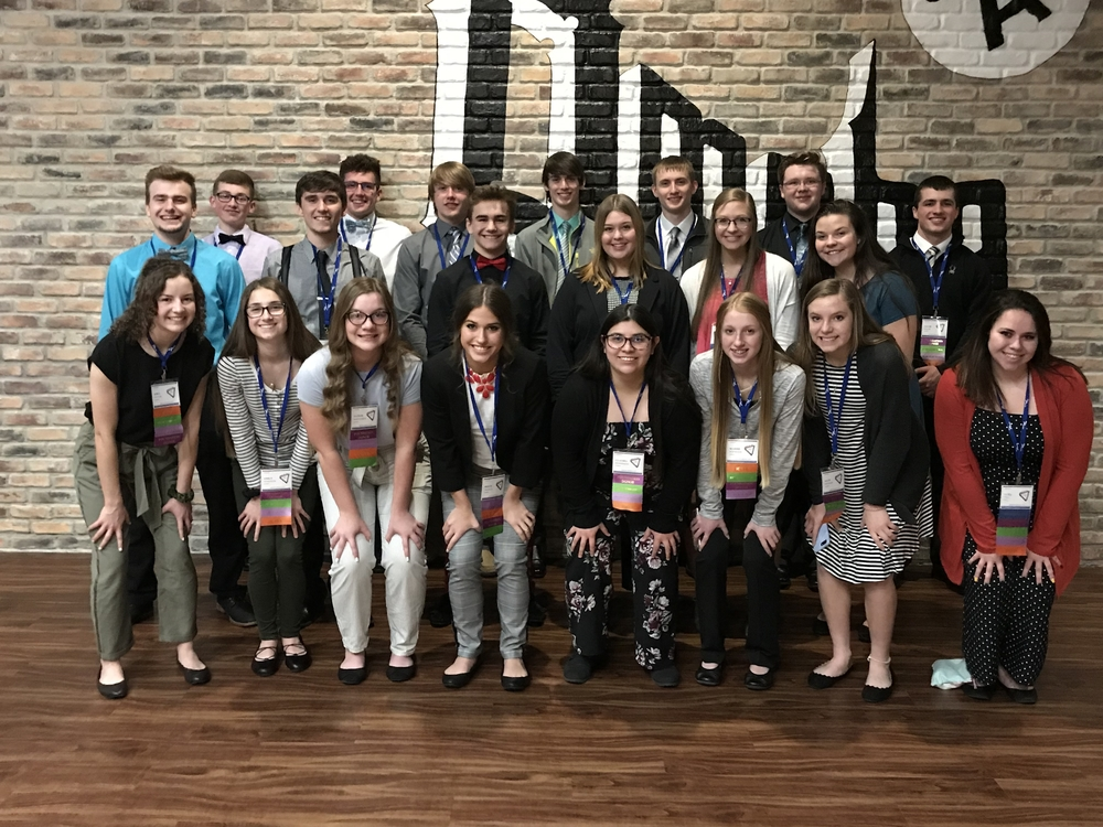 21 FBLA Members Attend State Leadership Conference in Omaha