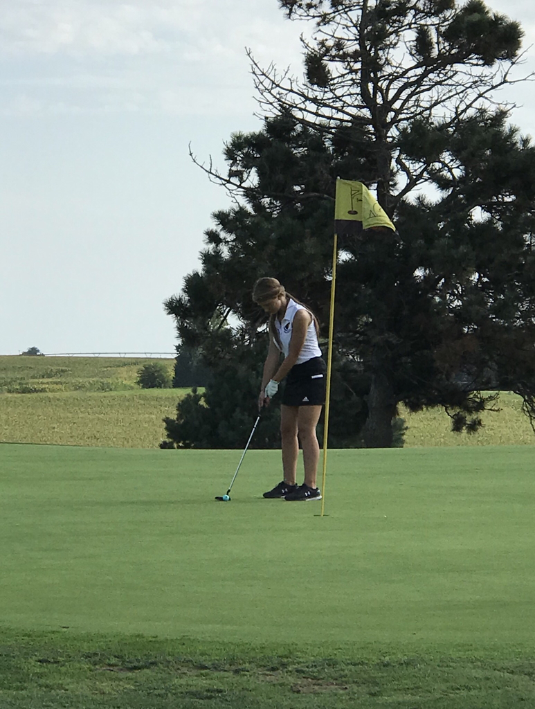Aurora Slusarski sinks a putt and shoots a personal best round today!